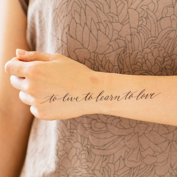tattly_lila_symons_to_live_to_learn_to_love_web_applied_09_grande_grande