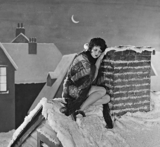 honey-kennedy-clara-bow-chimney-333